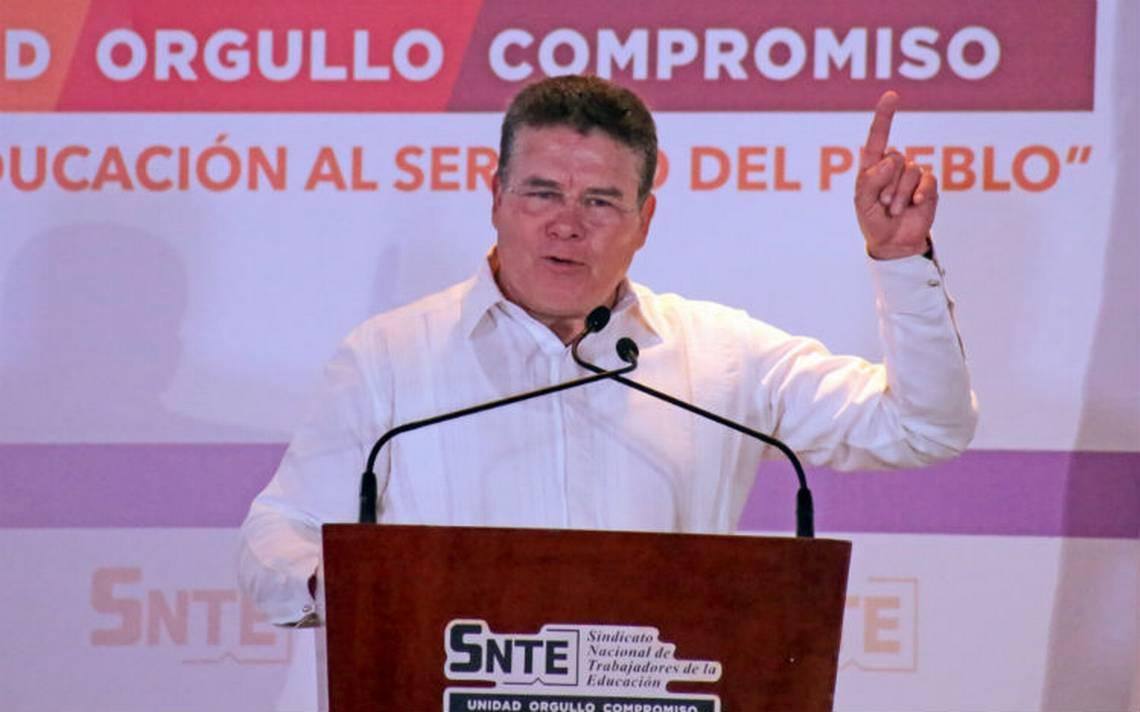 Díaz de la Torre busca diálogo con AMLO