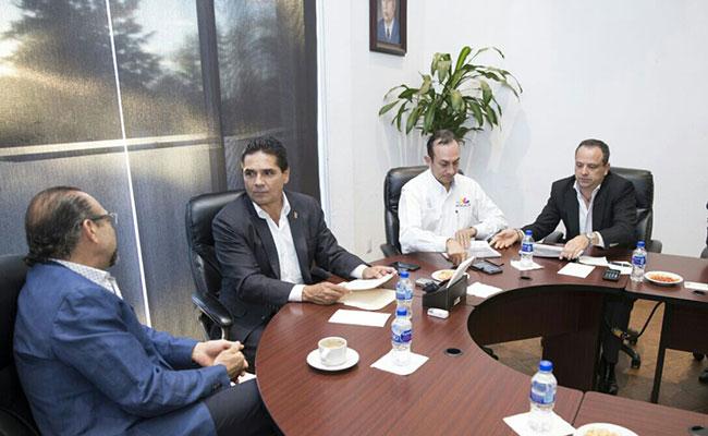 Revisa Aureoles avance de inversiones en Michoacán