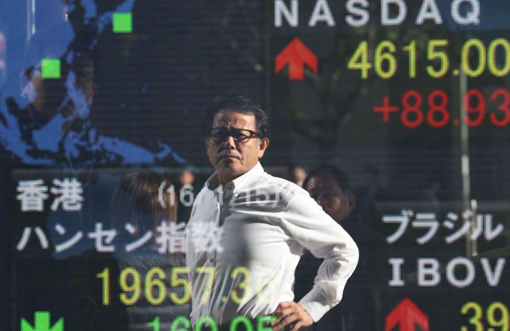 Bolsas europeas abren al alza; bolsas de Asia abren operaciones con ganancias