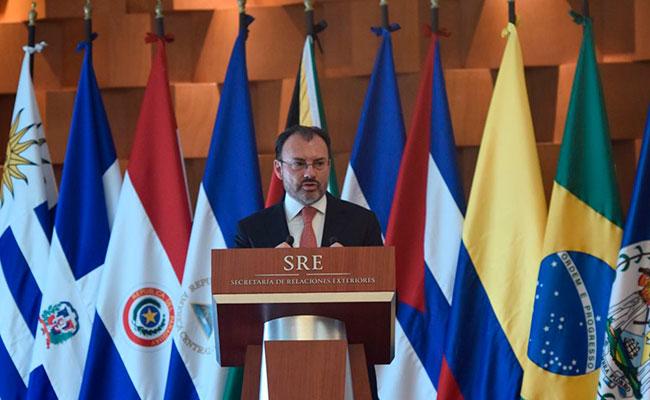 Latinoamérica no puede permanecer callada ante crisis en Venezuela: Videgaray