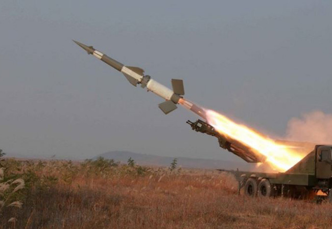 Misiles norcoreanos alcanzan costas de Corea del Sur y Japón