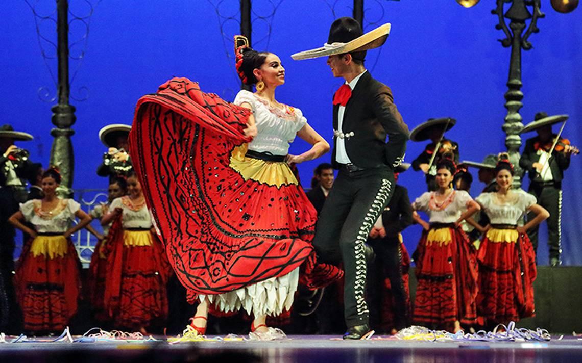 Con danza celebran el centenario del natalicio de Amalia Hernández