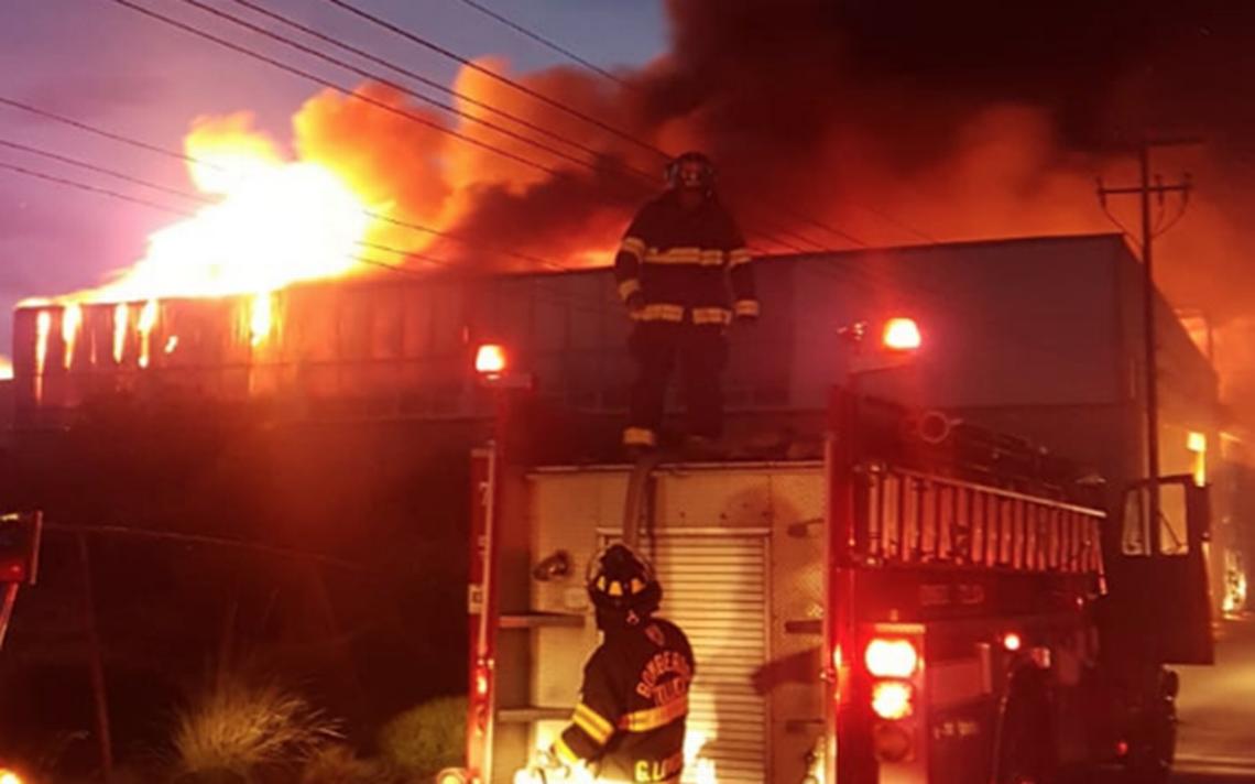 [Video] Incendio consume fabrica en Lerma