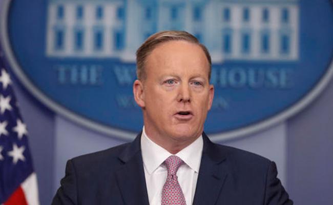 Dimite Secretario de Prensa de la Casa Blanca, Sean Spicer