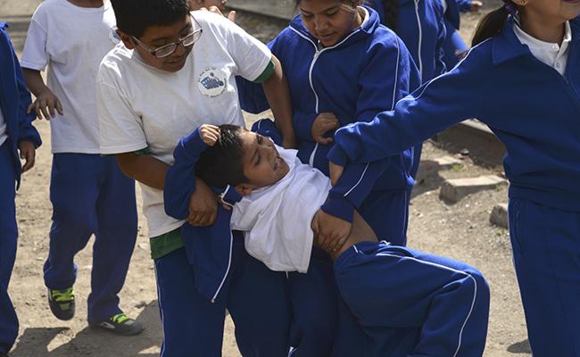 Enseñar español a repatriados, arma contra el bullying en escuelas