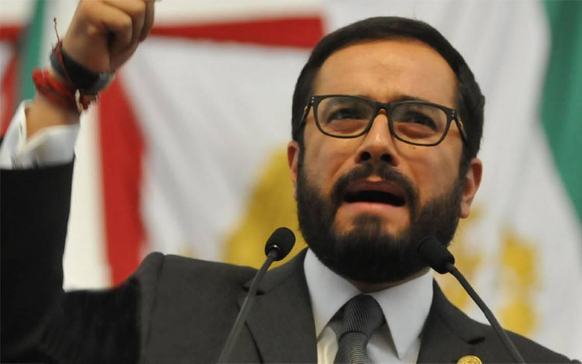 """Victor Hugo Romo vuelve """"corregido y aumentado"""" a la Miguel Hidalgo"""