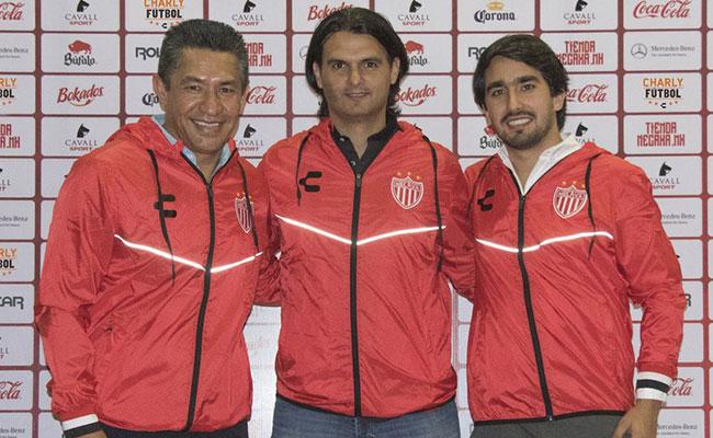 Necaxa ya tiene nuevo Director Deportivo, presentan a Mario Hernández Lash