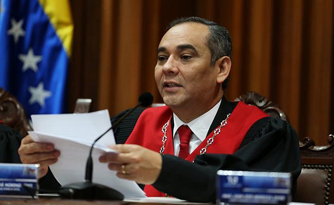 Tribunal renuncia a asumir poderes de Parlamento venezolano