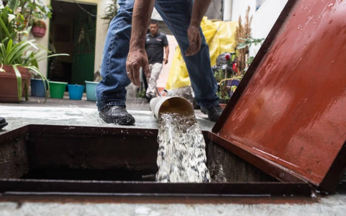 Dejan sin agua a 17 colonias de NezahualcA?yotl