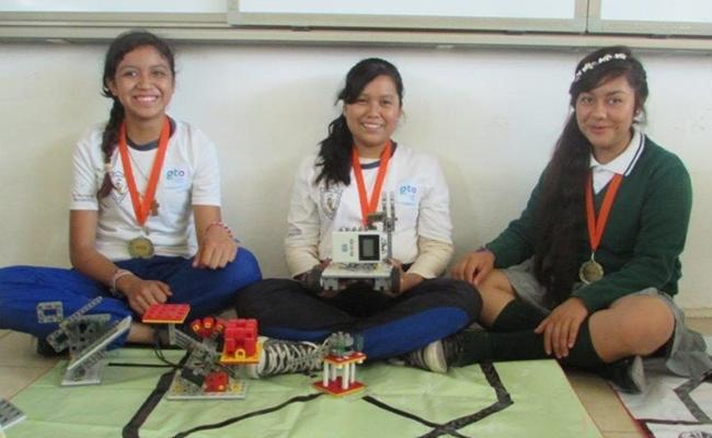Impulsan robótica  en la región Celaya
