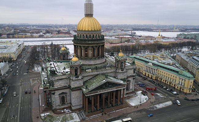 Protestan contra la entrega de Catedral a la Iglesia Ortodoxa