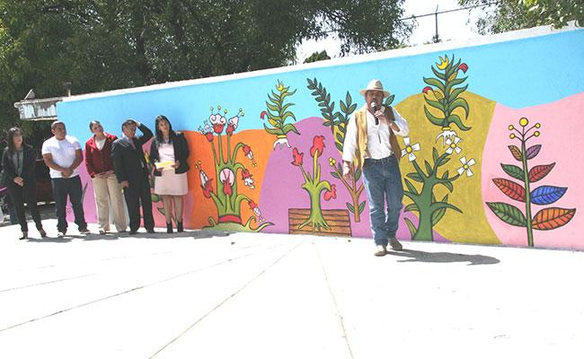 Develan mural de José Padilla Pérez