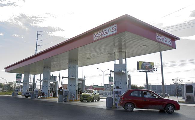 Coppel, Oxxo y Shell tendrán gasolineras en Puebla a partir de octubre