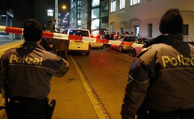 Tiroteo en café de Suiza deja dos muertos y un herido