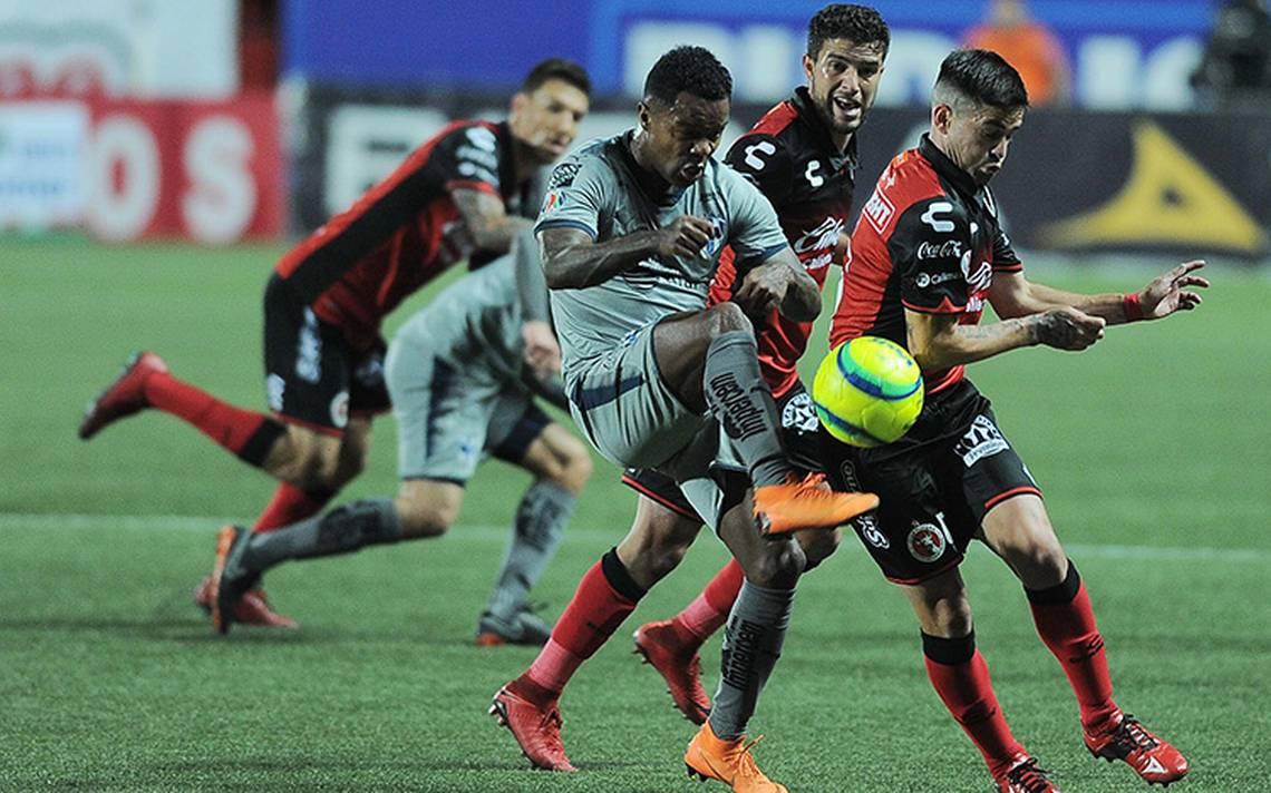 Xolos y Rayados empatan a uno en la ida de los cuartos de final