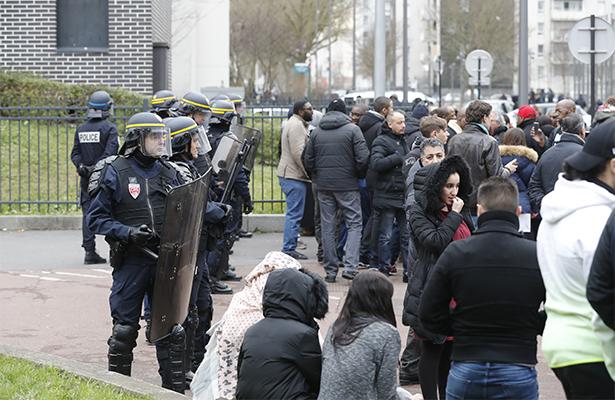 Disturbios en Francia tras violento arresto de un joven
