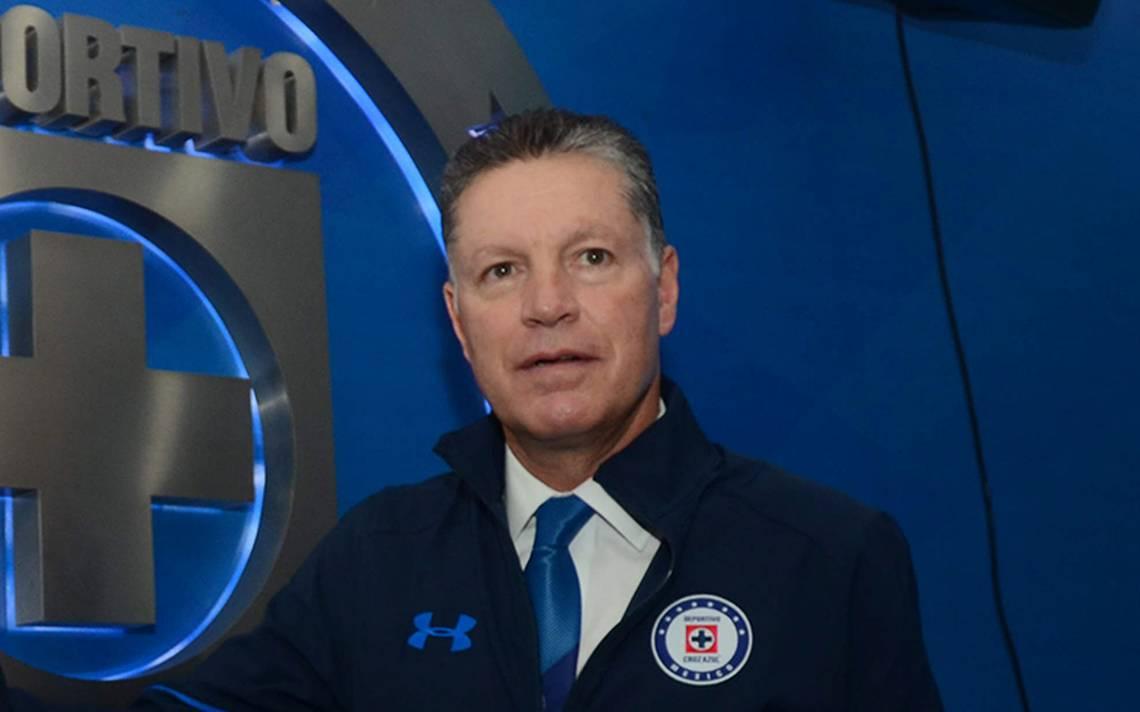 Ricardo Peláez descarta indisciplina en transferibles de Cruz Azul