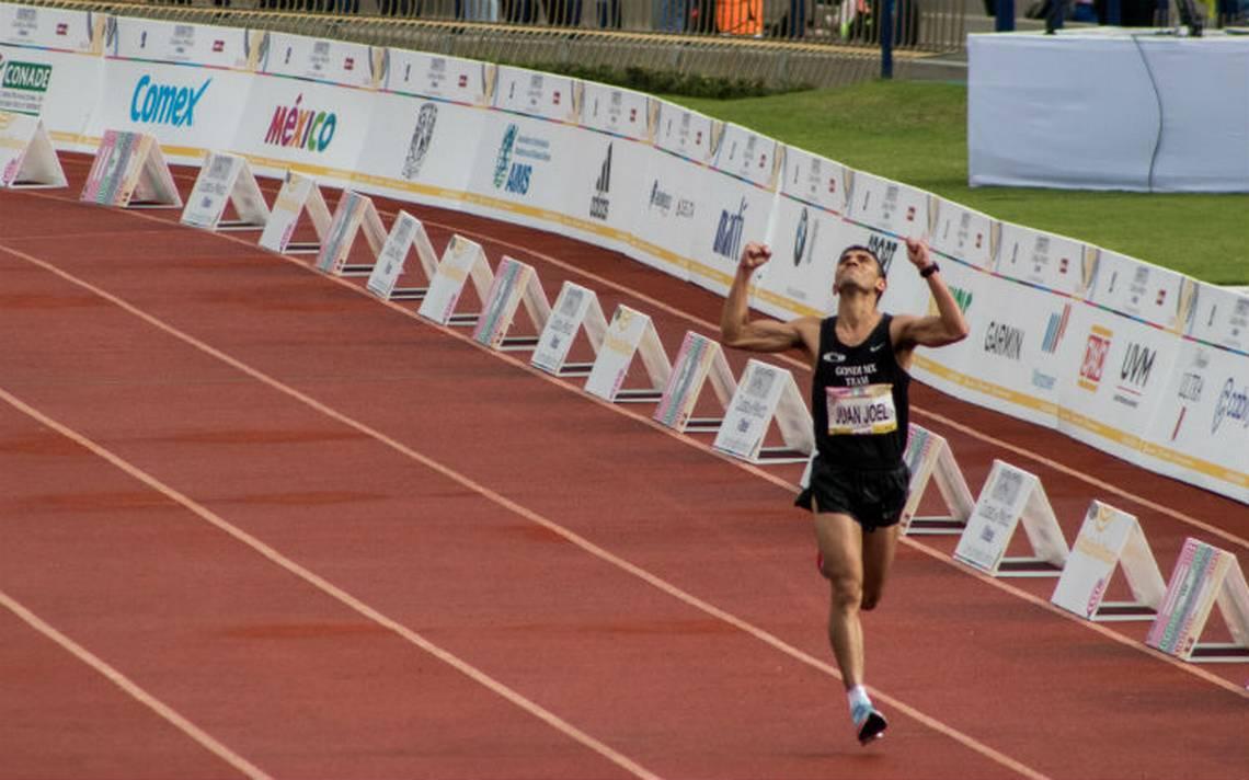 Joel Pacheco jamás se rindió ante grupo de kenianos en el Maratón CDMX