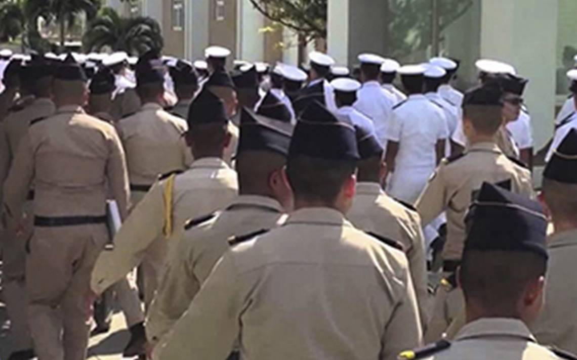 ¿Libros como armas? Bachillerato General Militarizado abre sus puertas en Reynosa