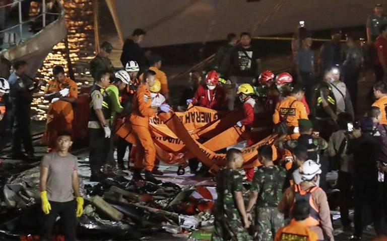 Sin rastro de sobrevivientes en accidente de avión en Indonesia