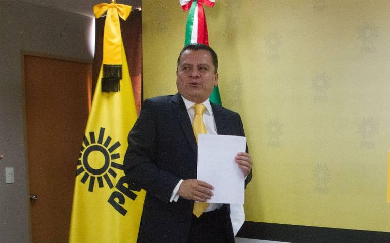 Manuel Granados renuncia a la presidencia del PRD