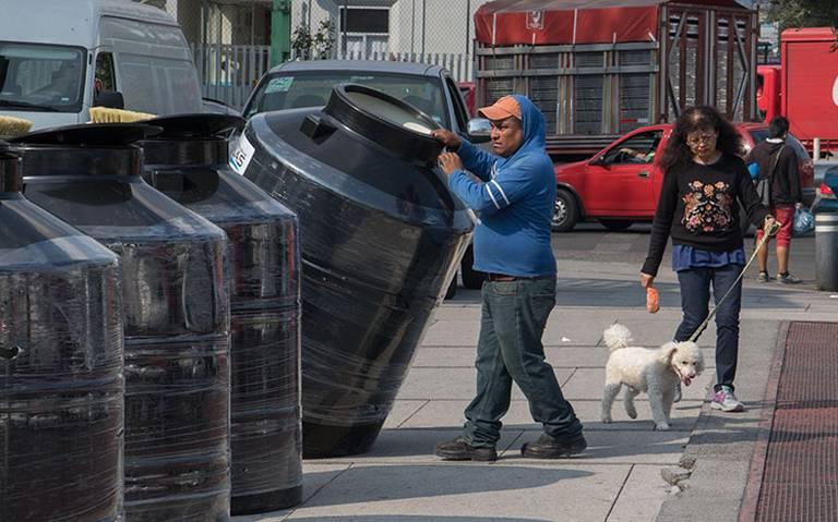 Por corte de agua instalarán cinco mil tinacos