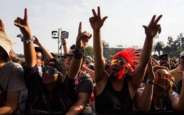 ¡Es oficial! Este es el cartel del Vive Latino para celebrar 20 años de música