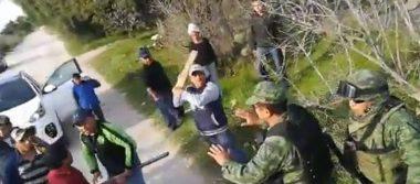 [Video] Se enfrentan militares y presuntos huachicoleros en Tepeaca, Puebla