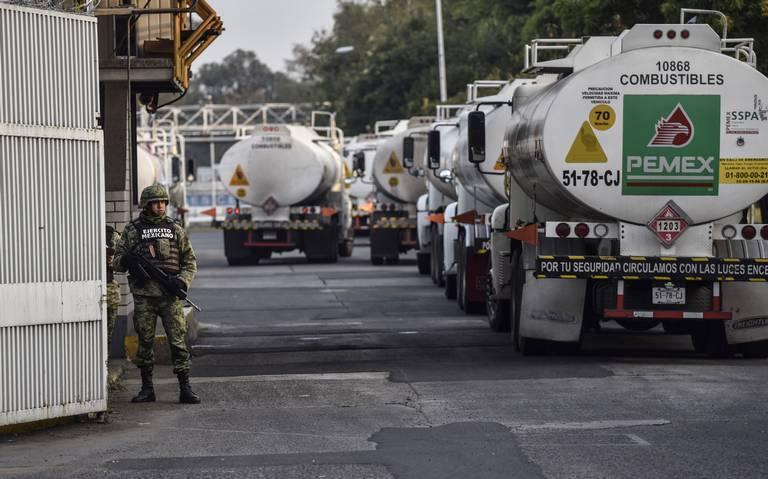 Quitarán distribución de gasolinas a Pemex