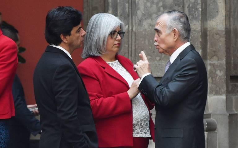 Alfonso Romo gana más que AMLO, recibe casi 150 mil pesos al mes