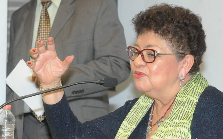 Se ampara Ismael Figueroa, líder sindical de Bomberos