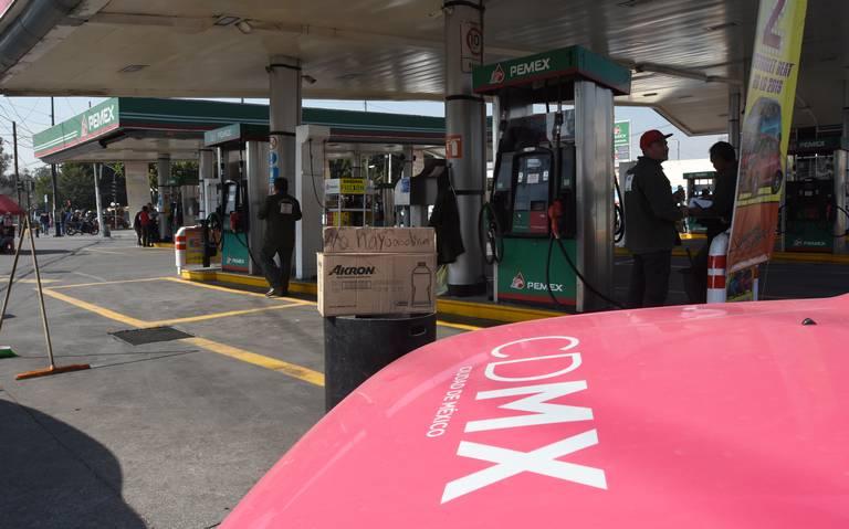 Compras de pánico agotan reservas de gasolinas en la CDMX