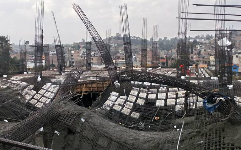 Colapsa centro comercial en construcción en San Juan de los Lagos