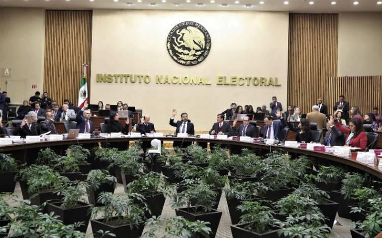 SCJN admite controversia del INE, pero niega suspensión de recorte a presupuesto