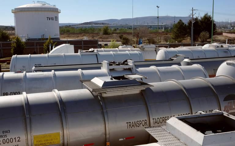 Pemex cancela compra de 700 carros tanque de ferrocarril
