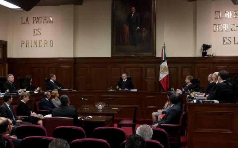 Ministros de la Corte ganan 85% más que AMLO pese a recorte