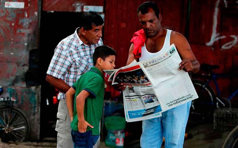 En protesta, La Prensa de Nicaragua publica su portada en blanco