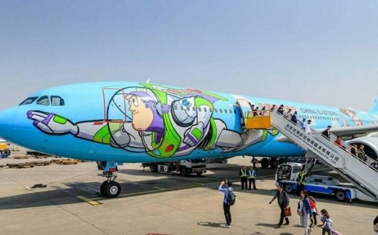 Con este avión de Toy Story podrás volar al infinito y más allá