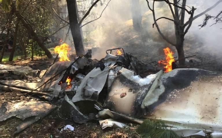 Mueren dos en accidente aéreo den Atizapán