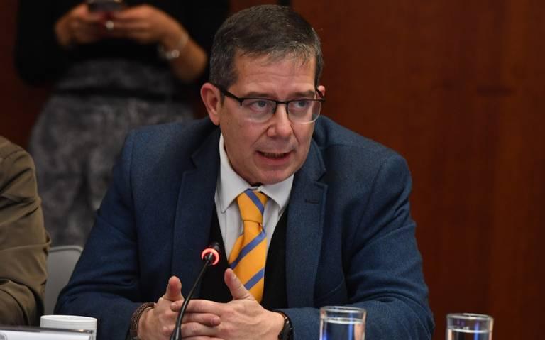 Jenaro Villamil llega al Sistema de Radiodifusión sin título universitario