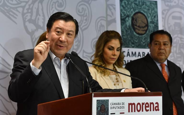 """Presidente del patronato de la UAEH se gana el mote de """"Pancho Pantera de huarache"""""""