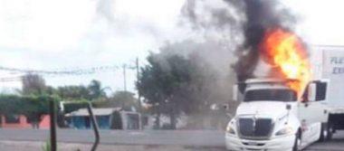 [Video] Se registran otra vez bloqueos y quema de tráileres en Córdoba