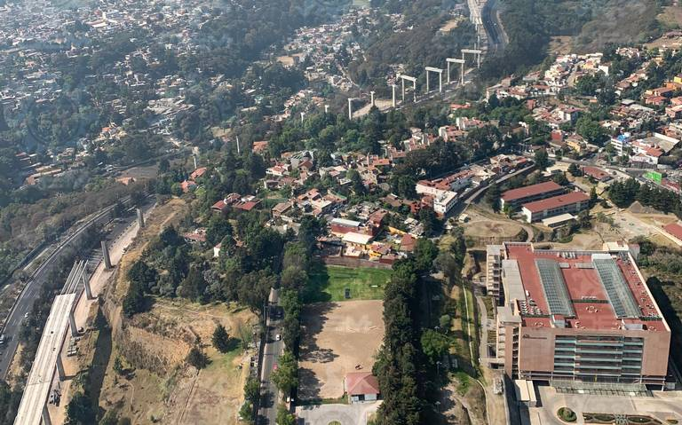 Tren México-Toluca, con costo social y ecológico