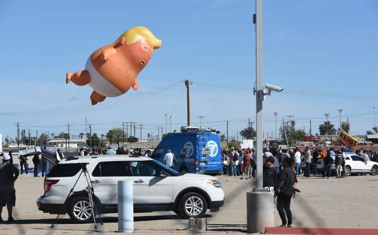 Protestan en Mexicali previo a visita de Trump a frontera