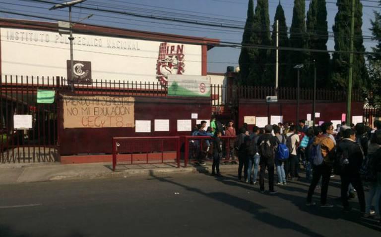 Evacuan escuela del Politécnico en Azcapotzalco por supuesta amenaza de bomba