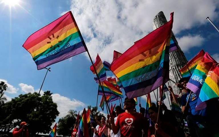 El Vaticano recibe por primera vez a delegación de la comunidad LGBT