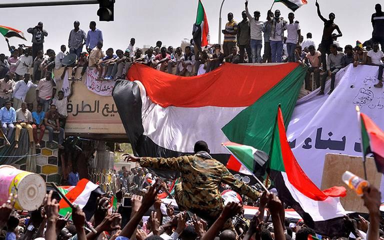 Ejército de Sudán asume el poder tras arrestar al presidente Al Bashir