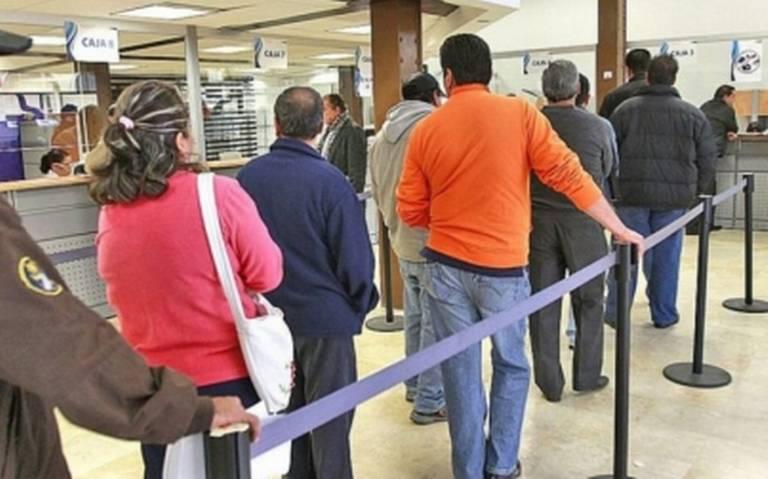 Bancos no abrirán el próximo 1 de mayo