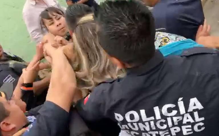 Golpes, jalones de cabello e insultos recibe la titular del Instituto de la Mujer en Ecatepec