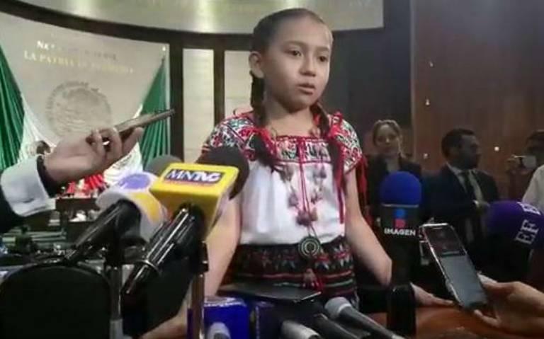"""""""No tenemos nada"""", entre lágrimas niña pide ayuda a diputados por su escuela"""
